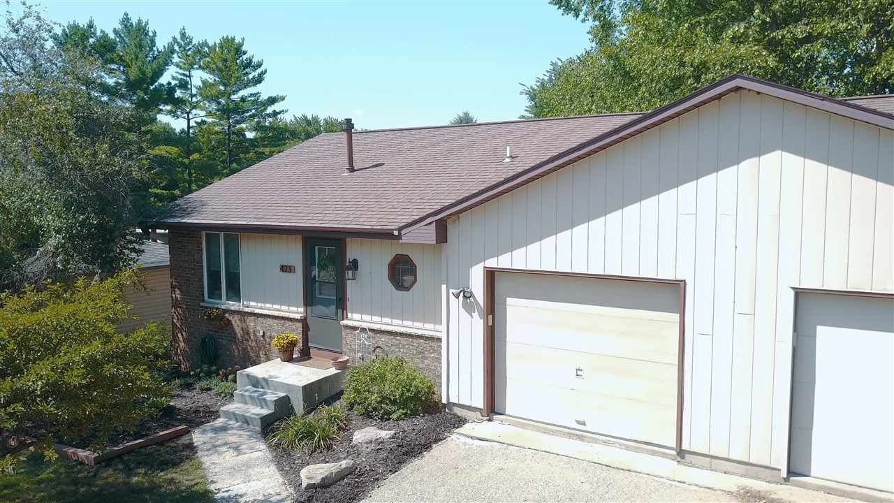 423 N Wright Rd, Janesville, WI 53546 - #: 1891674