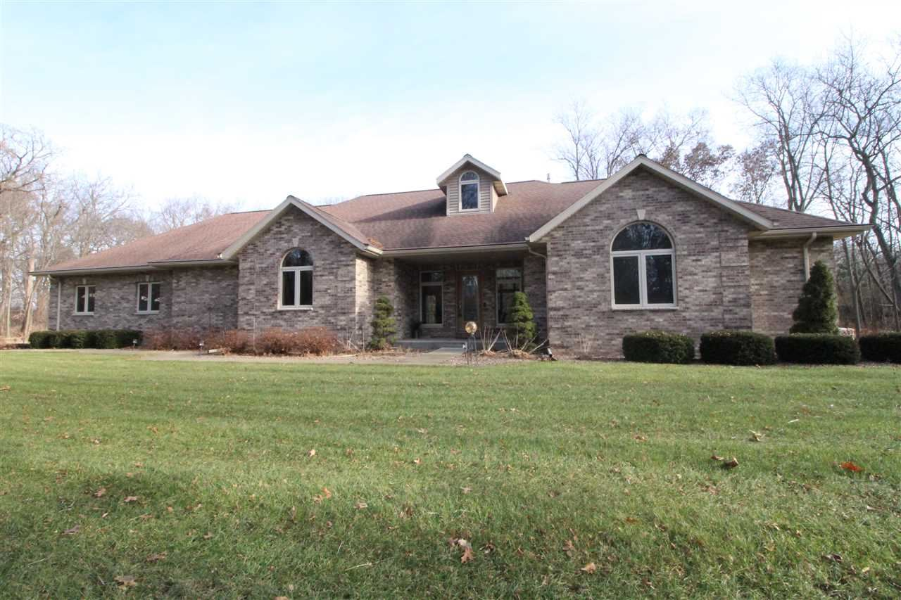 4135 S River Rd, Janesville, WI 53546-8926 - #: 1874675