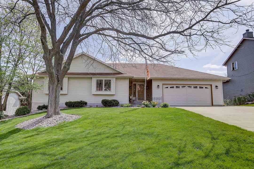 2772 Rosellen Ave, Fitchburg, WI 53711 - #: 1882675
