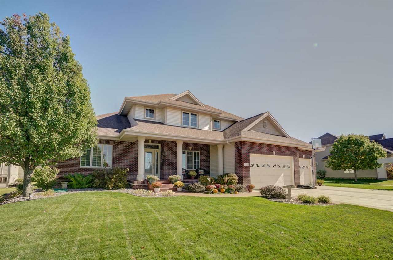 1716 Daily Dr, Waunakee, WI 53597 - #: 1893677