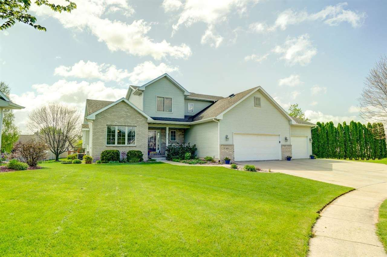505 Valley Dr, De Forest, WI 53532 - #: 1908681