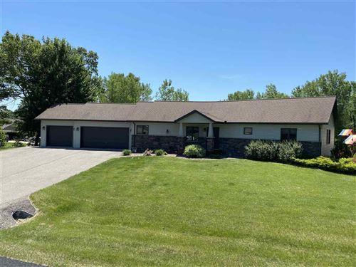 Photo of E9415 E Bay Hill Ct, Wisconsin Dells, WI 53965 (MLS # 1880682)