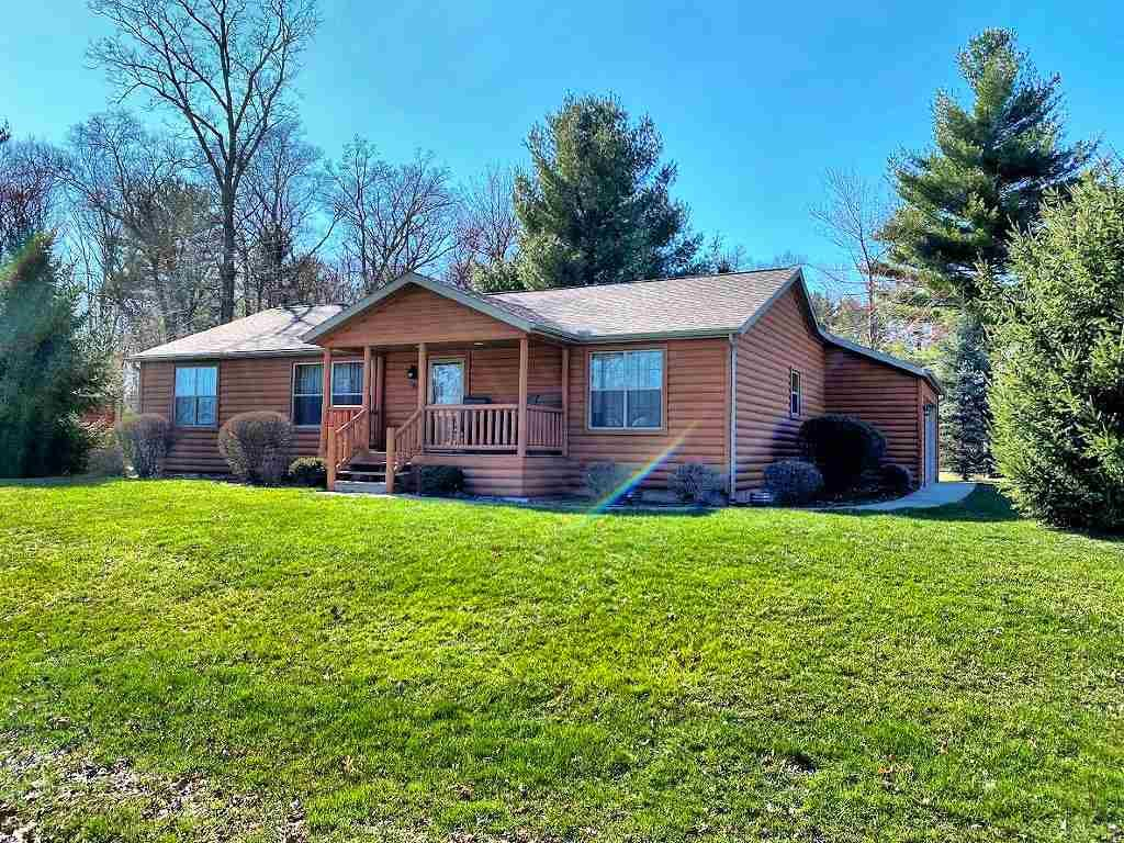 369 Deerfield Ct, Wisconsin Dells, WI 53965 - #: 1875682