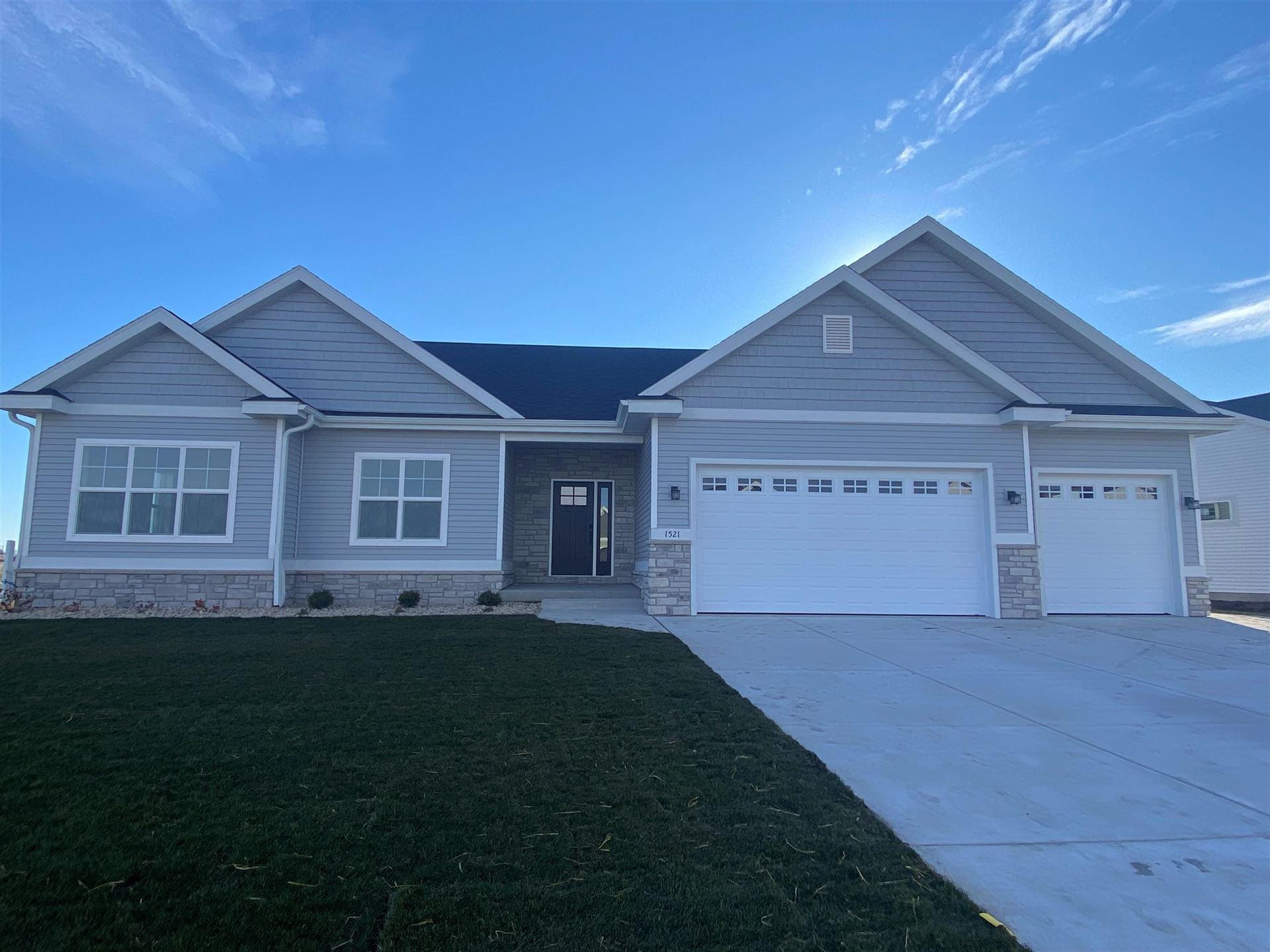 1521 N Thompson Rd, Sun Prairie, WI 53590 - #: 1919682