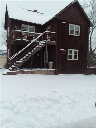 Photo of 329 W Fountain St, Dodgeville, WI 53533 (MLS # 1900683)