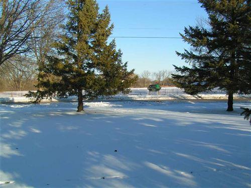 Photo of 765 Kathryn Ct, Watertown, WI 53098 (MLS # 1873687)