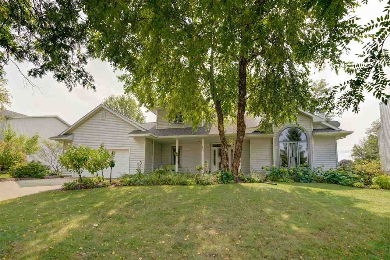 5639 Polworth St, Fitchburg, WI 53711 - #: 1893687