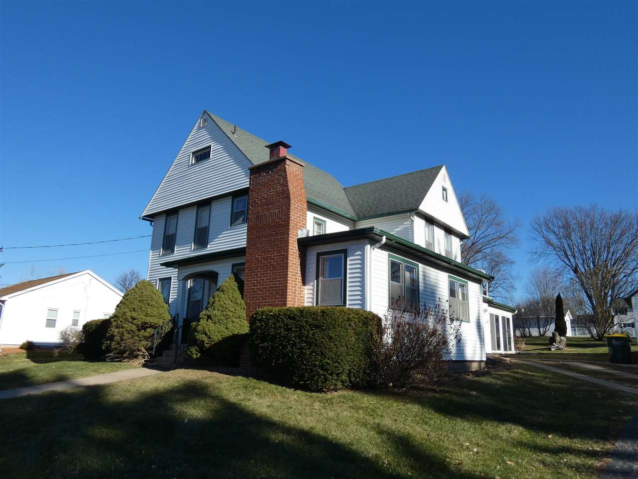 1016 S Madison St, Lancaster, WI 53813 - #: 1898691