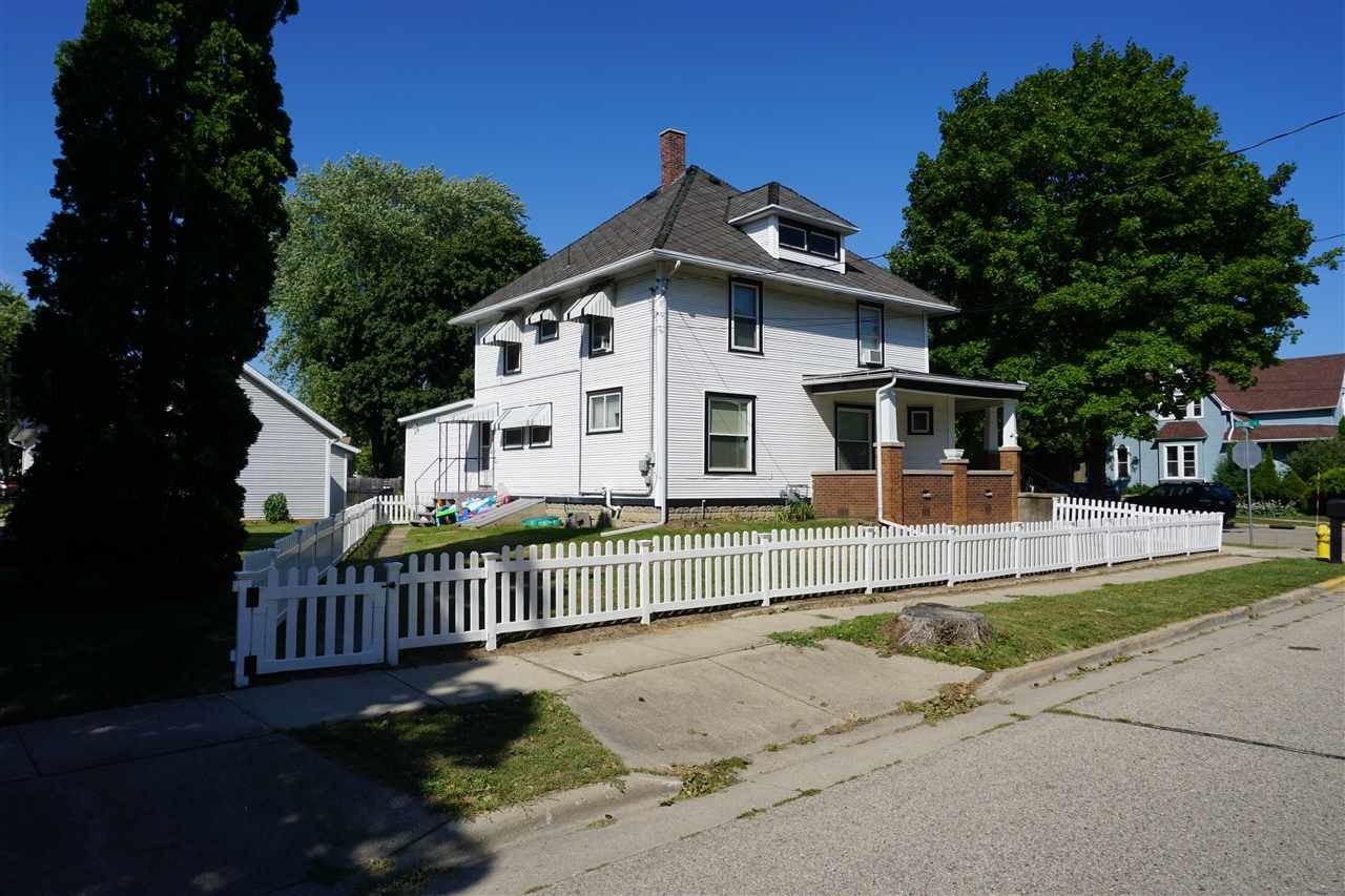f_1911692_01 Our Listings at Best Realty of Edgerton