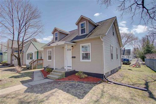 Photo of 418 6th St, Baraboo, WI 53913 (MLS # 1880694)
