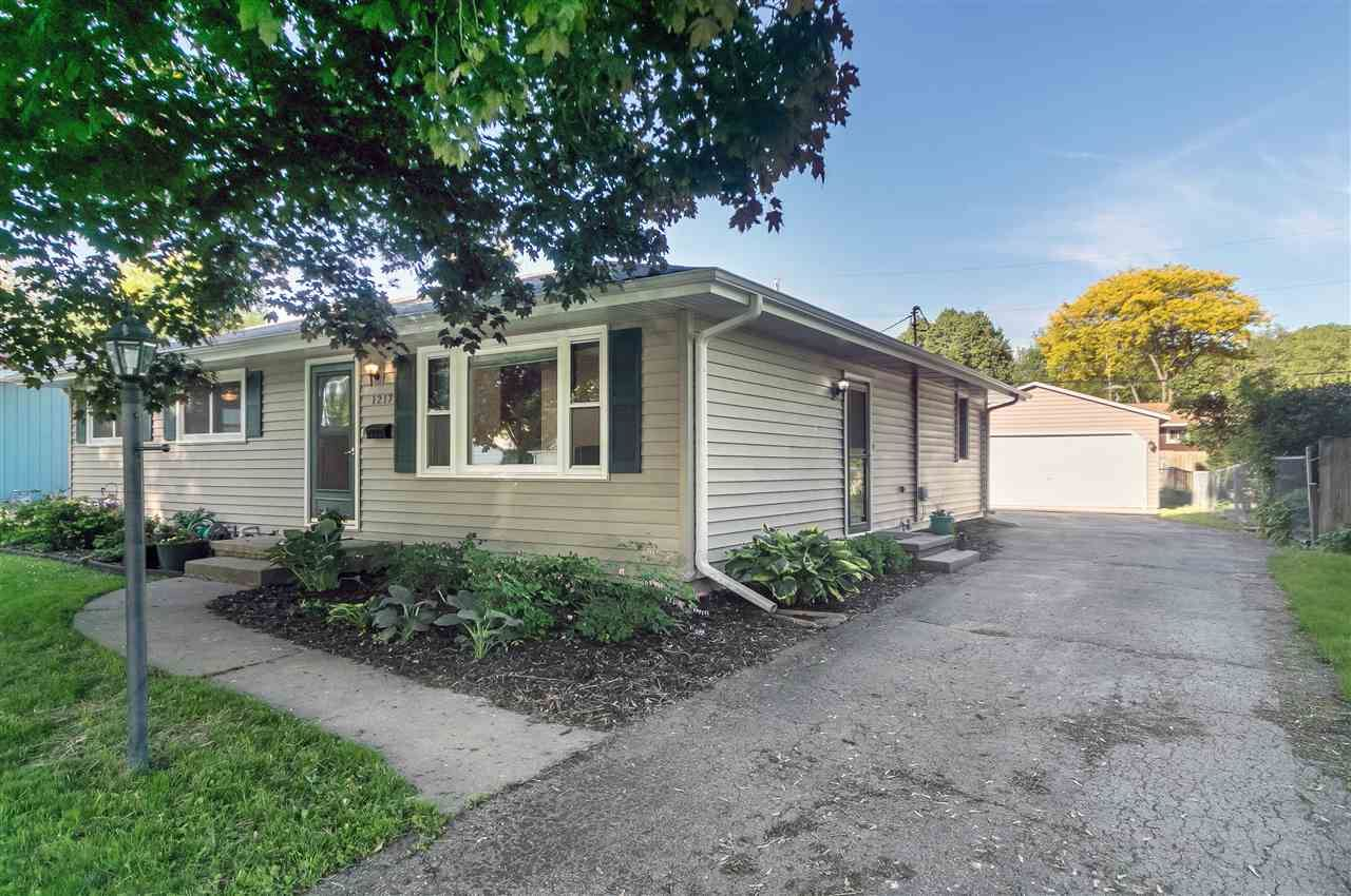 1217 Timothy Ave, Madison, WI 53716 - #: 1884694