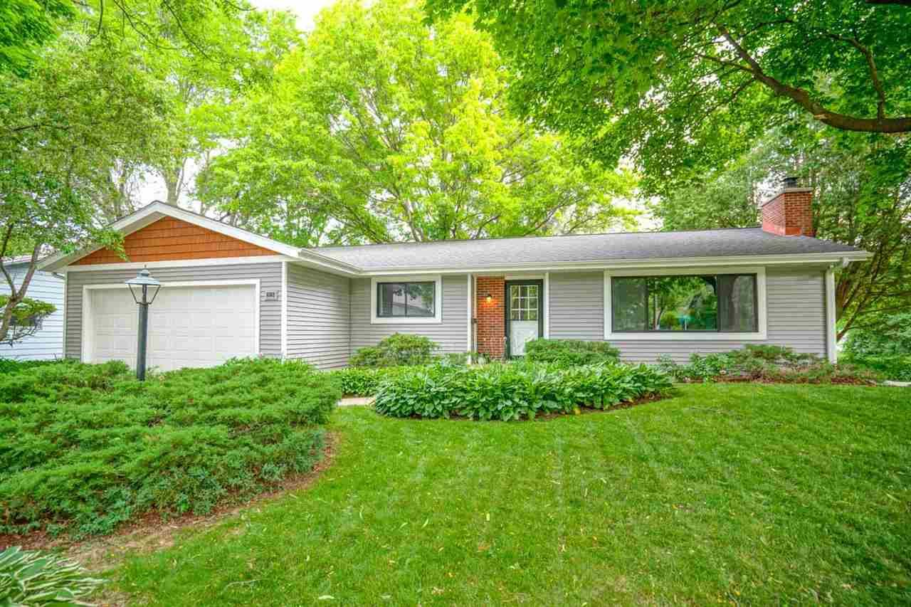 6502 Piping Rock Rd, Madison, WI 53711 - #: 1907695