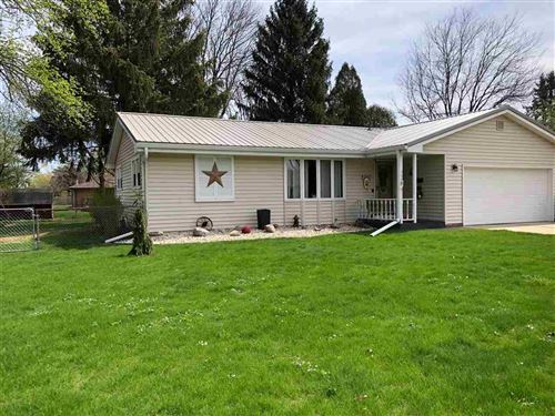 Photo of 752 Chelsea Pl, Janesville, WI 53546 (MLS # 1906696)
