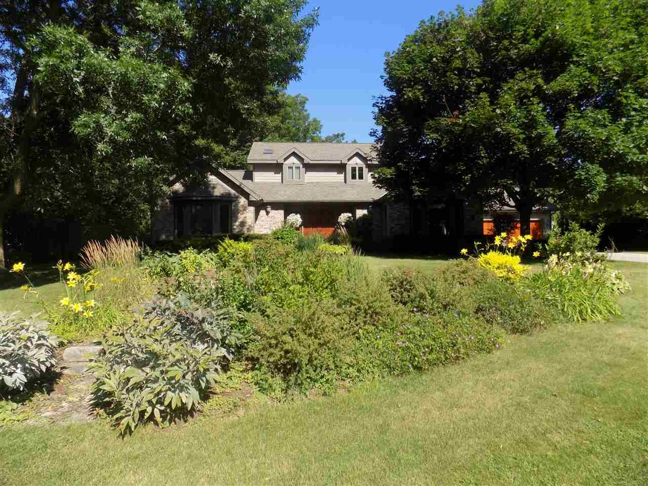 5919 Woods Edge Rd, Fitchburg, WI 53711 - #: 1878697