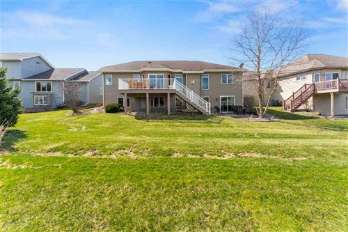 Tiny photo for 305 North Ridge Dr, Waunakee, WI 53597 (MLS # 1879699)