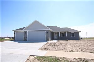 Photo of 712 EVERGREEN DRIVE, Brownsville, WI 53006 (MLS # 355699)