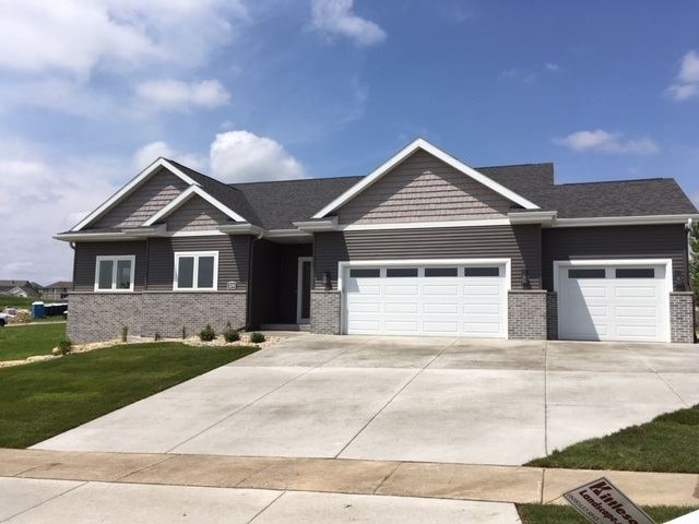 304 Lillehammer Ln, Mount Horeb, WI 53572 - #: 1878700