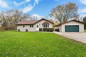 Photo of 4408 Vilas Rd, Cottage Grove, WI 53527 (MLS # 1871704)