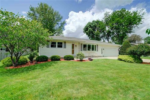 Photo of 443 Connie St, Cottage Grove, WI 53527 (MLS # 1884704)