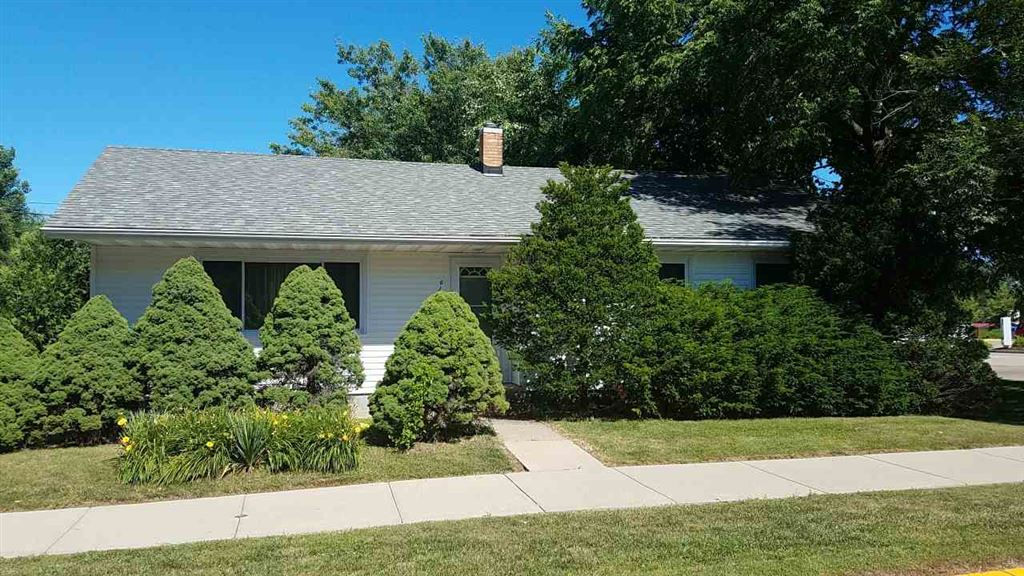 630 W Mulberry St, Baraboo, WI 53913 - MLS#: 1835705