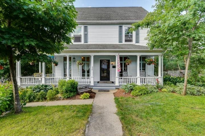 330 Madison St, Mineral Point, WI 53565 - #: 1912707