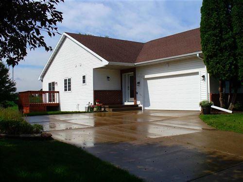 Photo of 8533 Elderberry Rd, Madison, WI 53717 (MLS # 1913708)