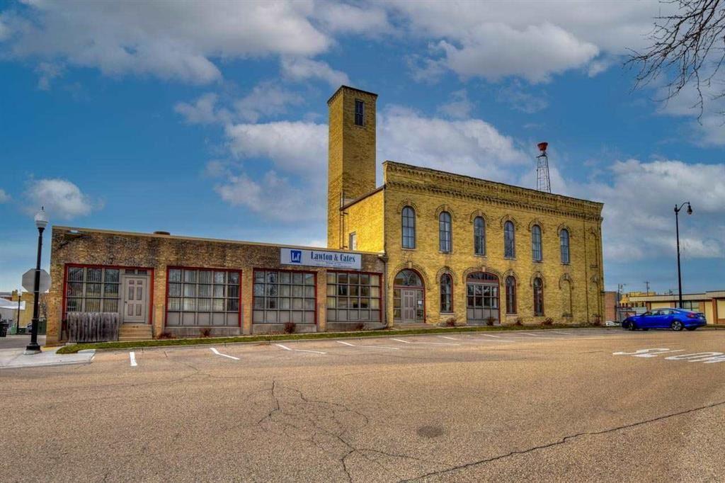 146-148 E Milwaukee St, Jefferson, WI 53549 - #: 1909711