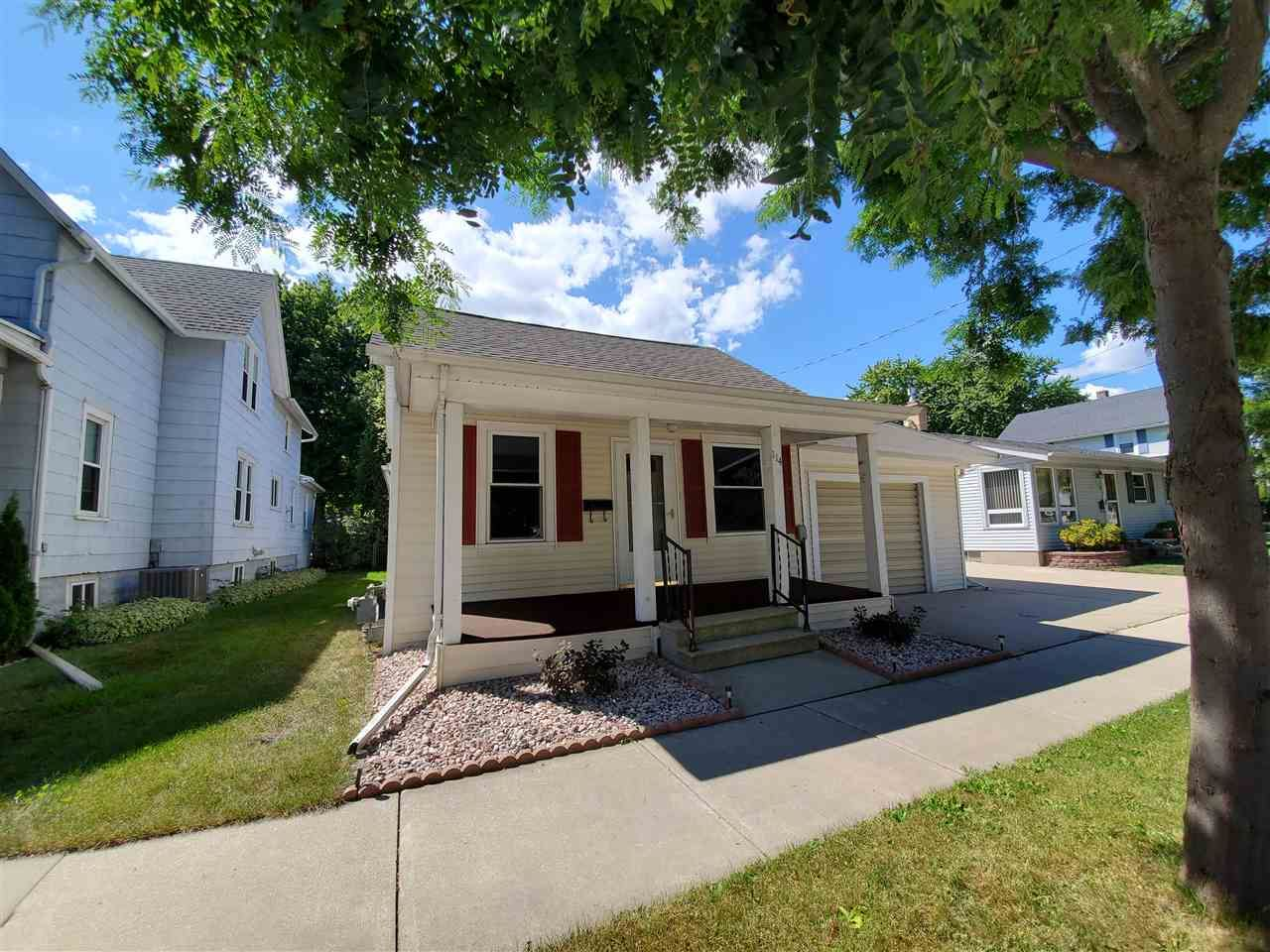 114 N LINCOLN AVE, Fond du Lac, WI 54935 - #: 370711