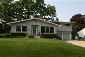 Photo of 4917 Holiday Dr, Madison, WI 53711 (MLS # 1860719)