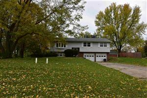 Photo of 2651 Spring Hill Dr, Stoughton, WI 53589 (MLS # 1871719)