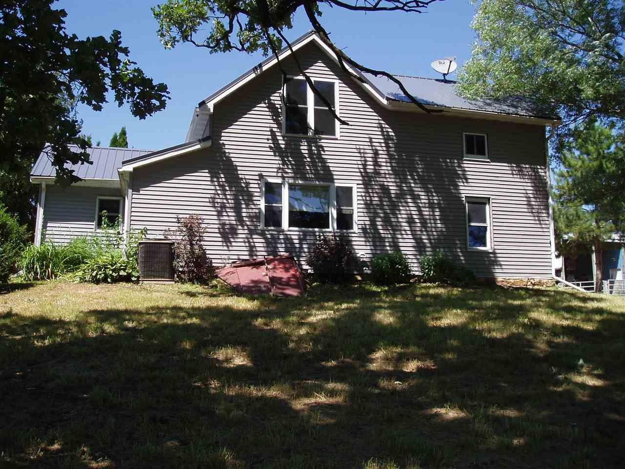 16394 Crist Ln, Darlington, WI 53530 - #: 1888722