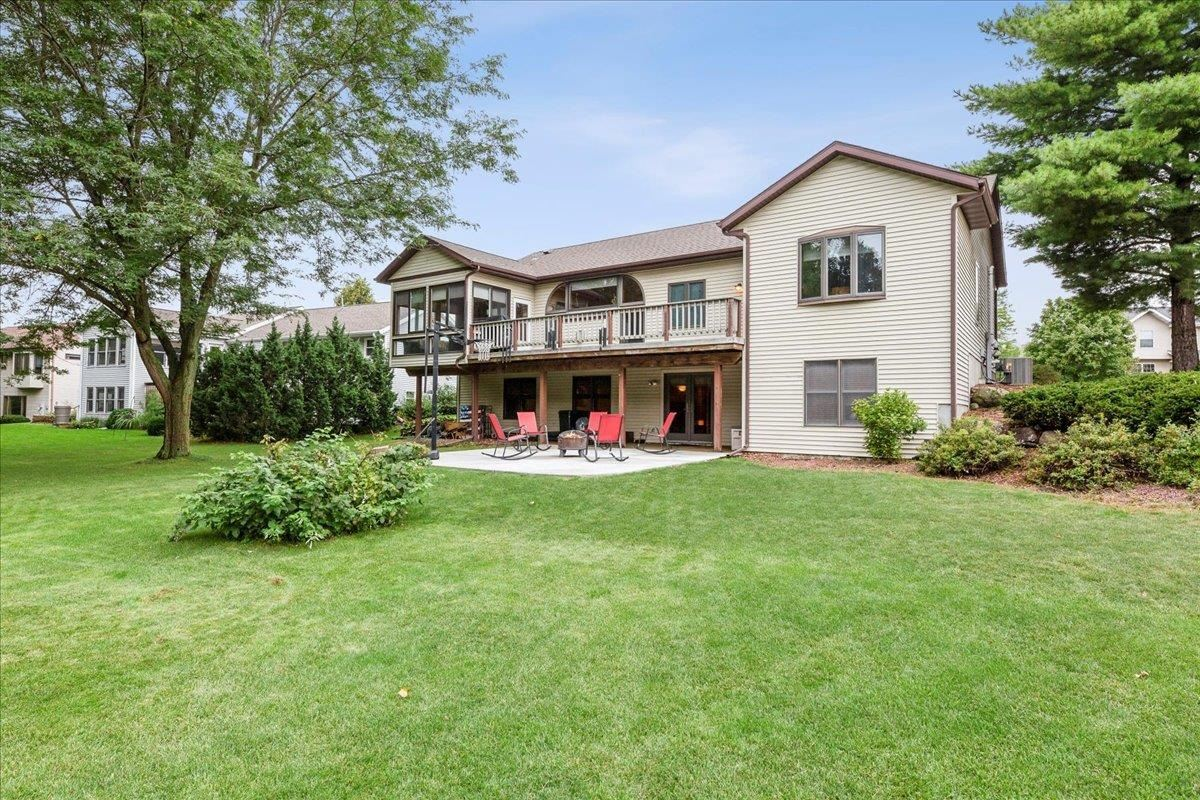Photo for 340 Southing Grange, Cottage Grove, WI 53527 (MLS # 1919724)