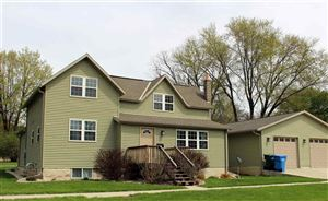 Photo of 605 11th St, Baraboo, WI 53913 (MLS # 1856725)