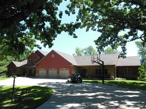 Photo of N2322 River Oaks Rd, Reeseville, WI 53579 (MLS # 1851726)