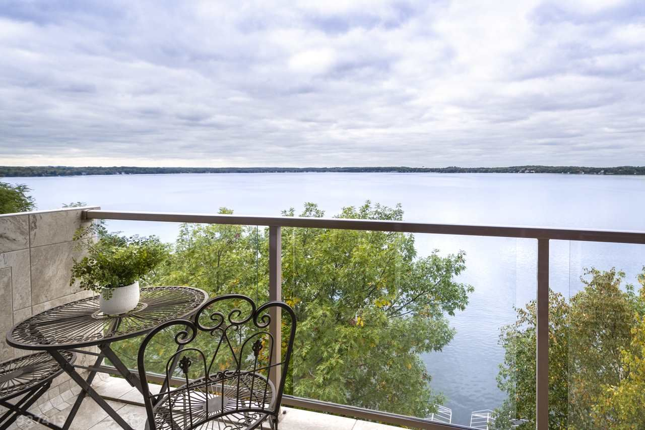 3100 Lake Mendota Dr #701, Madison, WI 53705 - #: 1870729