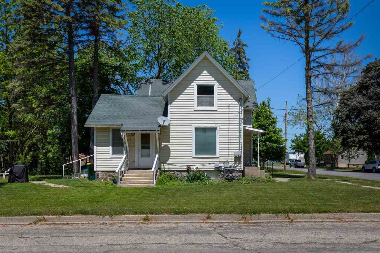 501 Clarence St, Fort Atkinson, WI 53538 - #: 1911733