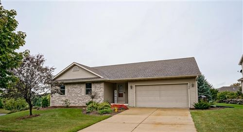 Photo of 139 Maria Ln, Cottage Grove, WI 53527 (MLS # 1919734)