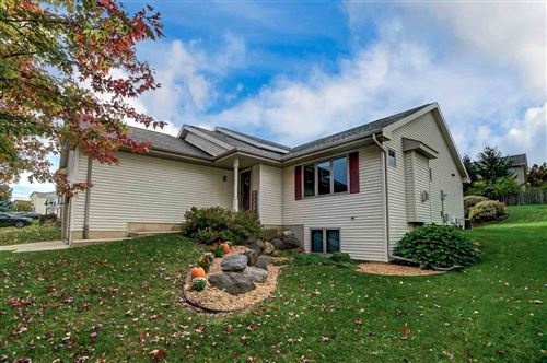 Photo of 5535 Sparkle Stone Cres, Fitchburg, WI 53711 (MLS # 1898736)