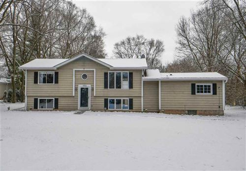 Photo of N1024 Old 26 Rd, Fort Atkinson, WI 53538 (MLS # 1873739)