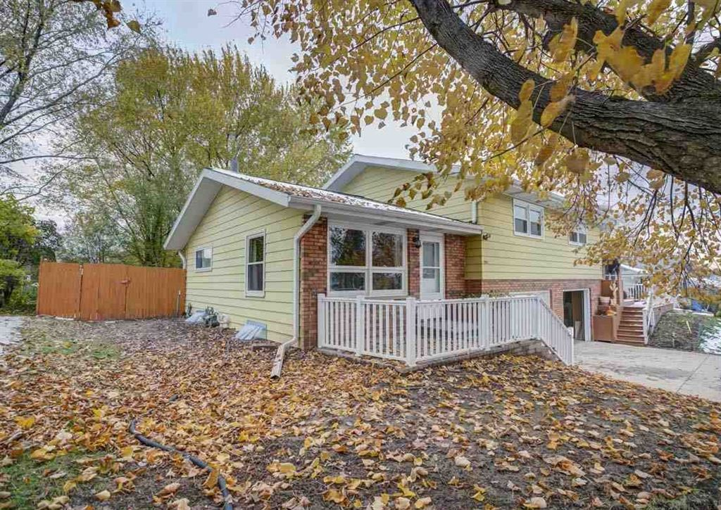 204 Walnut St, Oregon, WI 53575 - #: 1871739