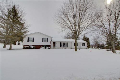 Photo of 4472 American Way, Cottage Grove, WI 53527 (MLS # 1876740)