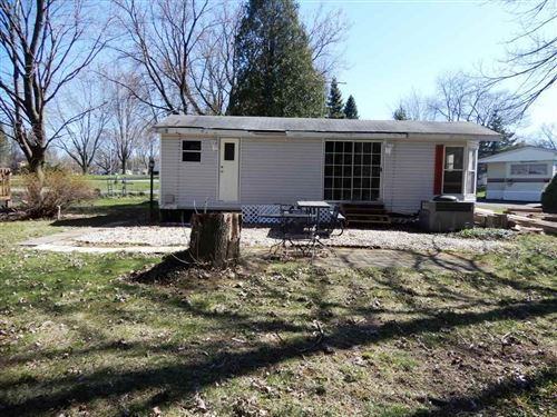 Photo of 389 Skyline Dr, Edgerton, WI 53534 (MLS # 1878741)
