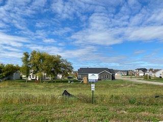 Photo for 4054 Taunton, Windsor, WI 53598 (MLS # 1850744)