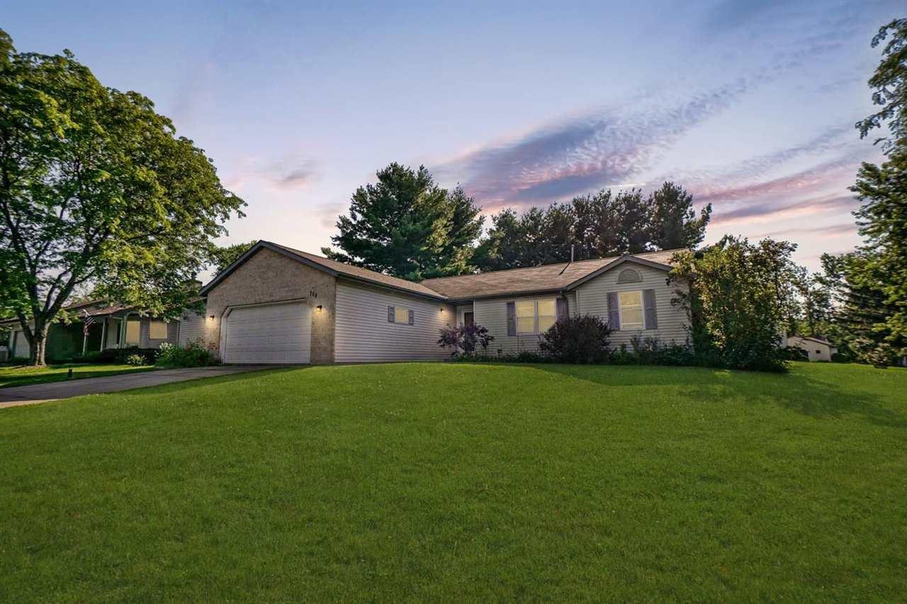 708 Terrace Ridge Dr, Cottage Grove, WI 53527 - #: 1911744