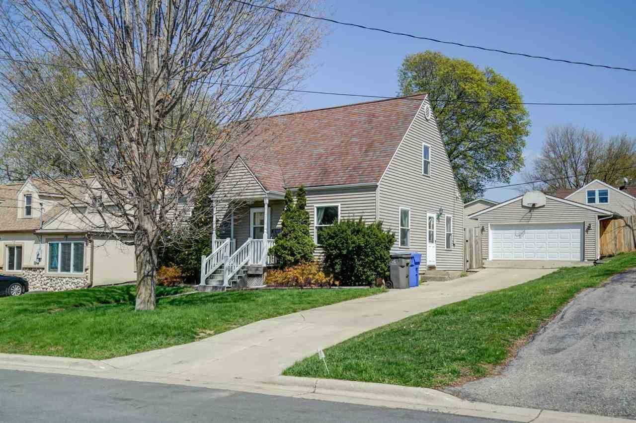4806 Schofield St, Monona, WI 53716 - #: 1907746