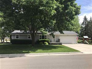 Photo of 1605 Woodsend Ct, Sun Prairie, WI 53590 (MLS # 1860749)