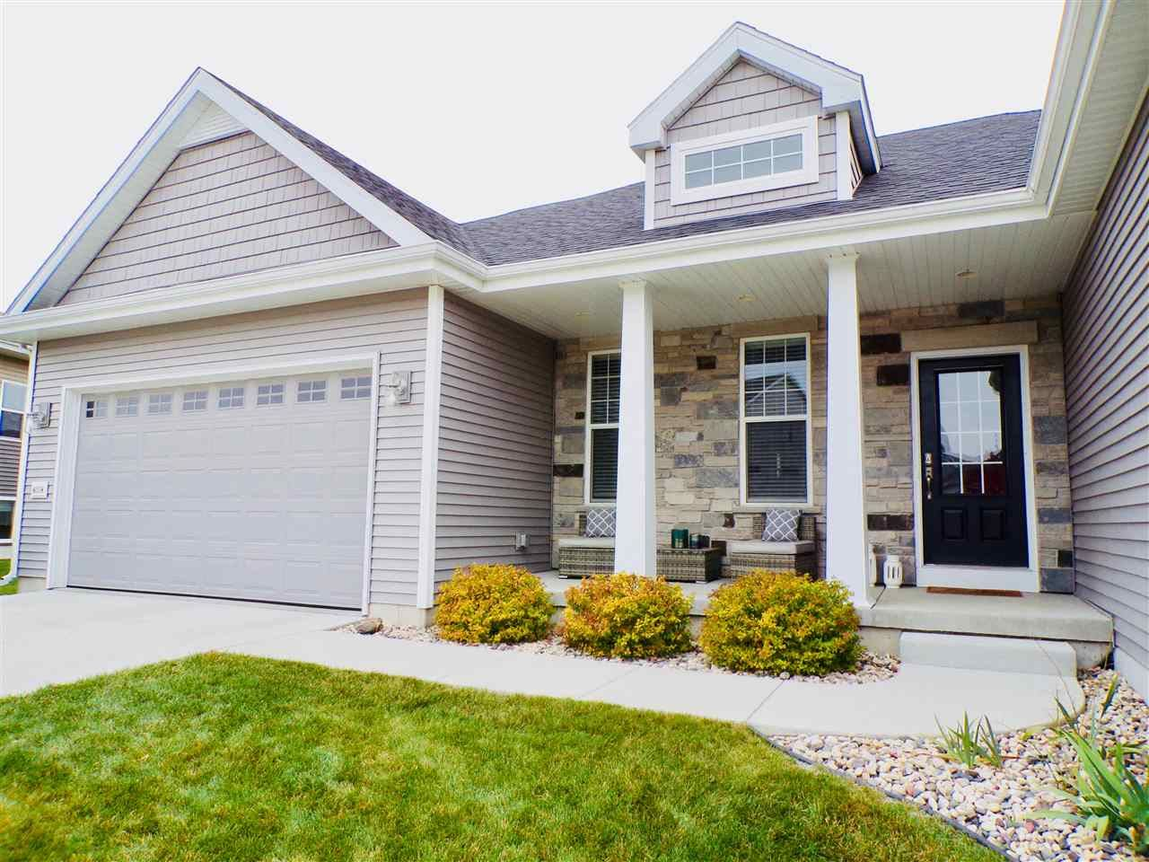 Photo for 6038 E Linden PKWY, McFarland, WI 53558 (MLS # 1906752)