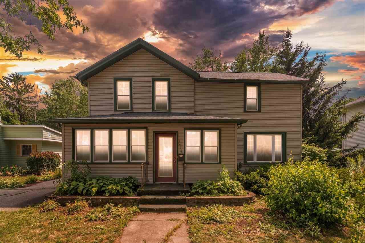 1416 St Lawrence Ave, Janesville, WI 53545 - #: 1915752