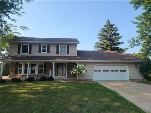 Photo of 1404 E Lincoln St, Mount Horeb, WI 53572 (MLS # 1915755)
