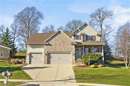 Photo for 714 Greystone Ln, Middleton, WI 53562 (MLS # 1897756)
